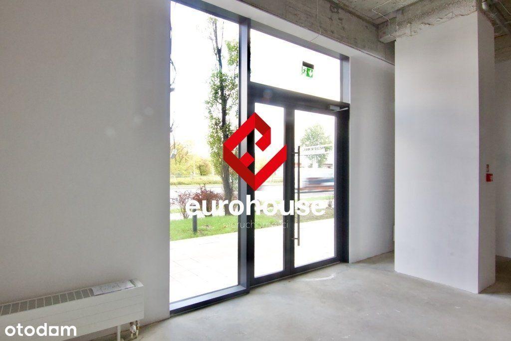 Lokal usługowy 42 m2 na sprzedaż - Praga Płd.