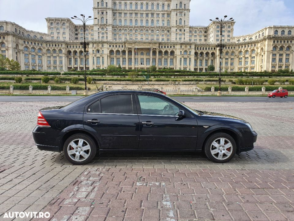 Ford Mondeo 2.5 - 7