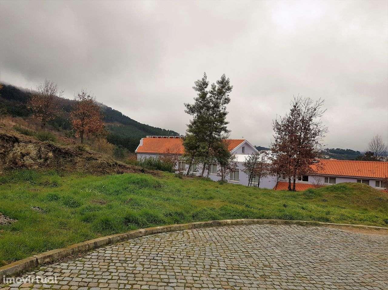 Terreno para comprar, Seia, São Romão e Lapa dos Dinheiros, Guarda - Foto 4