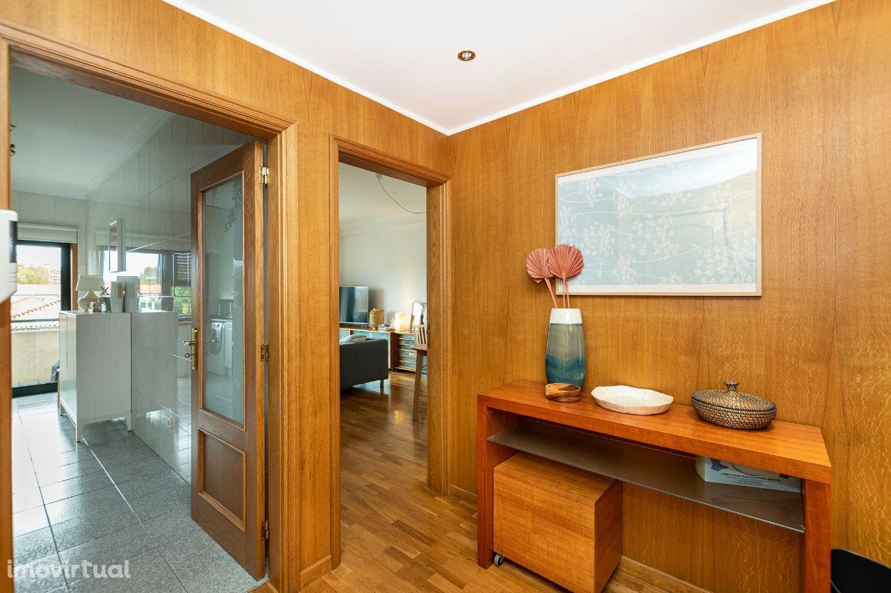 Apartamento T2+1 Rua Cassiano Branco Amial-Porto