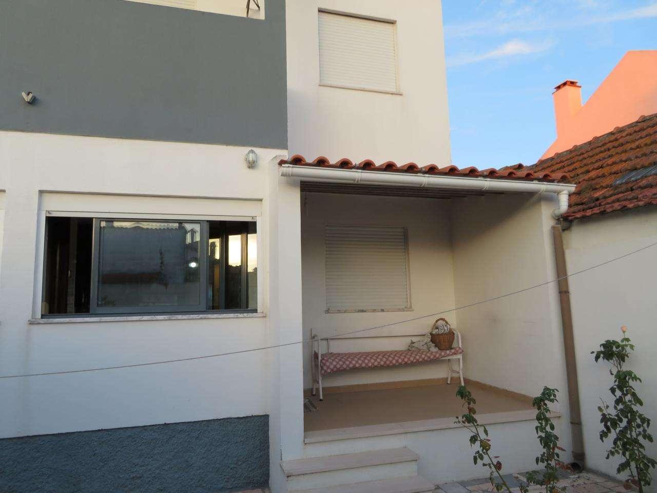 Moradia para comprar, Santo António da Charneca, Barreiro, Setúbal - Foto 1