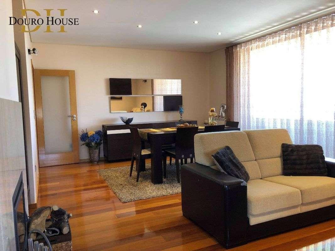 Apartamento para comprar, Oliveira do Douro, Porto - Foto 1