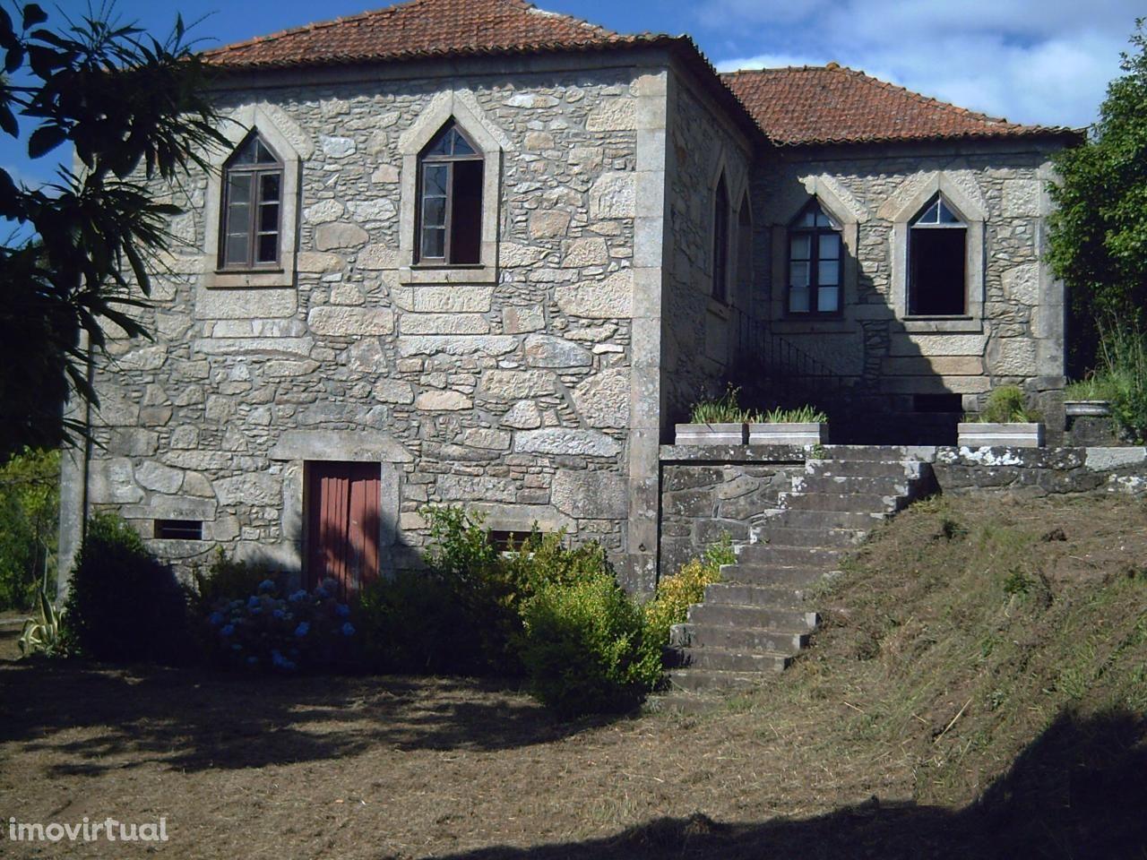 Quinta com 2,5 ha em Vila Nova de Cerveira