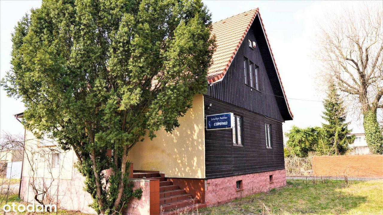 dom z drewna w centrum miasta Turek na sprzedaż