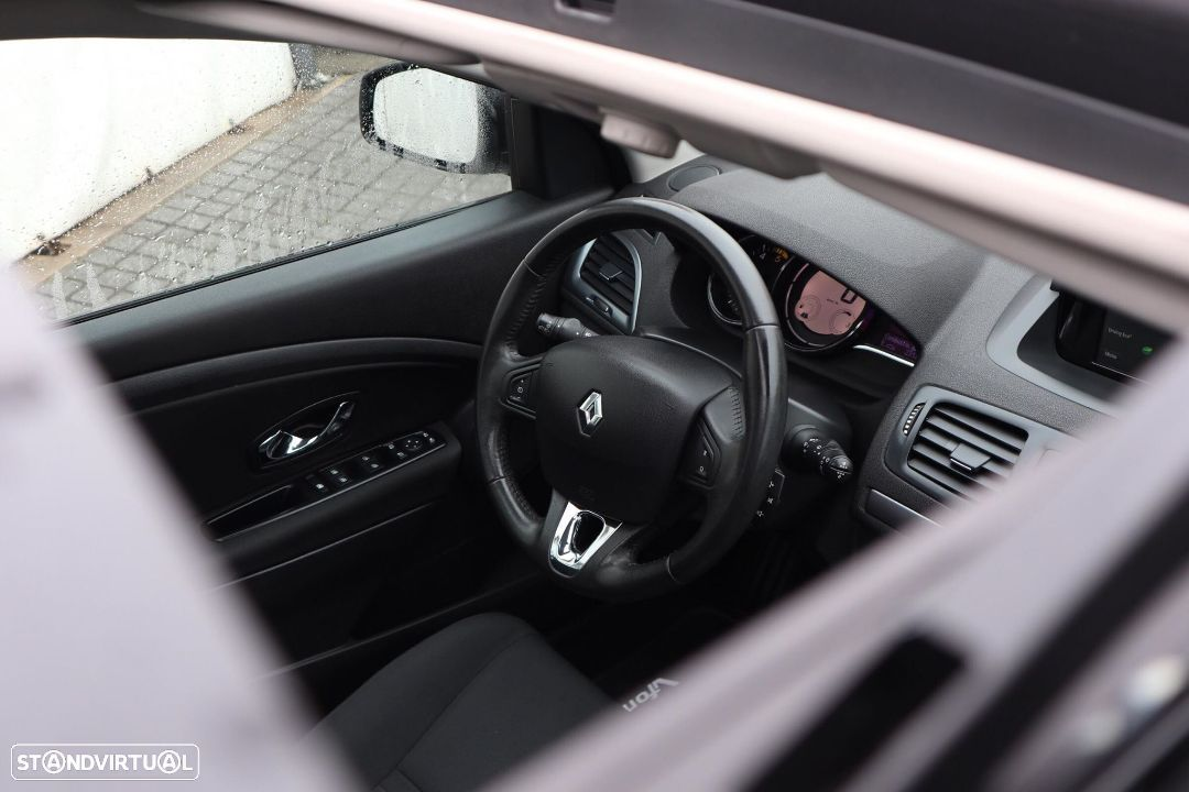 Renault Mégane 1.5 dCi Limited SS - 22