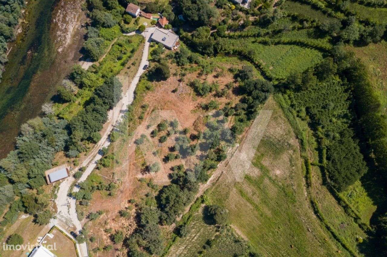 Terreno para comprar, Águas Santas e Moure, Póvoa de Lanhoso, Braga - Foto 1