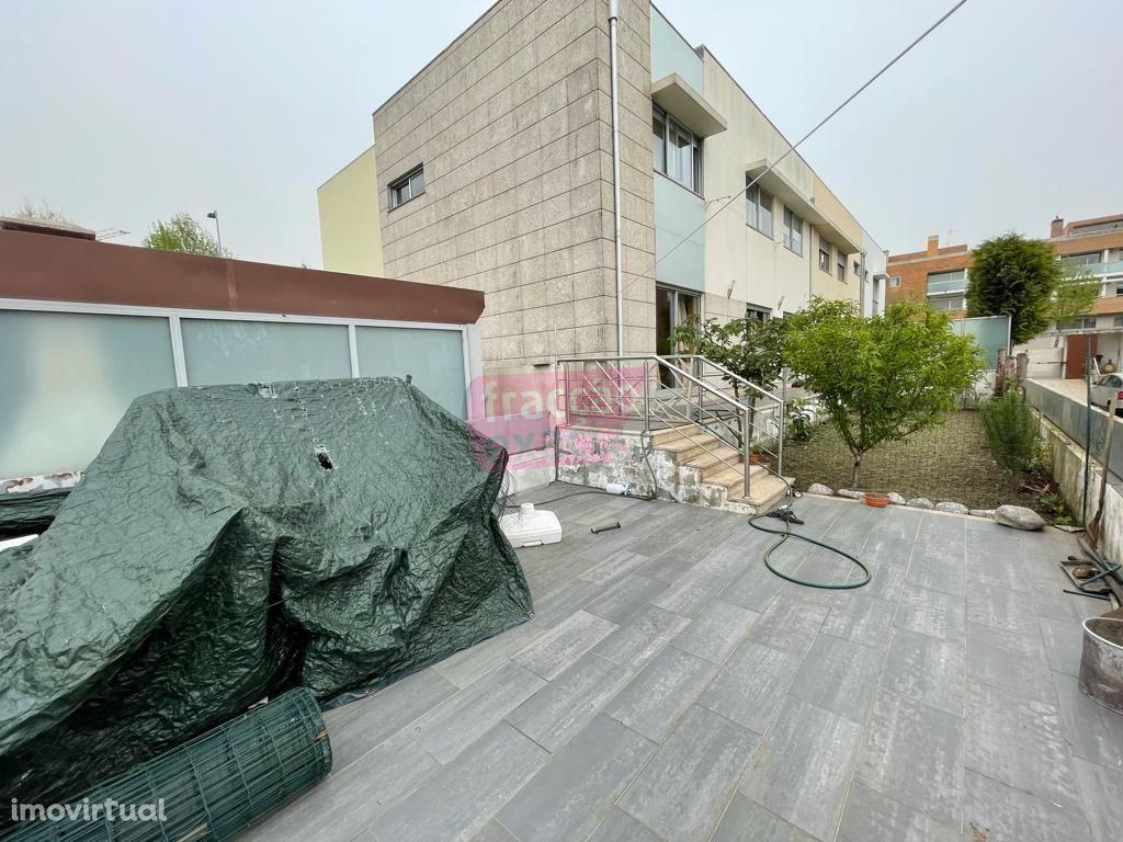 Andar Moradia T3 c/terraço independente Nogueira da Maia