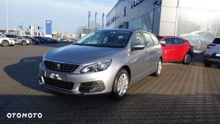 SW Nowy Active Pack Diesel 130KM