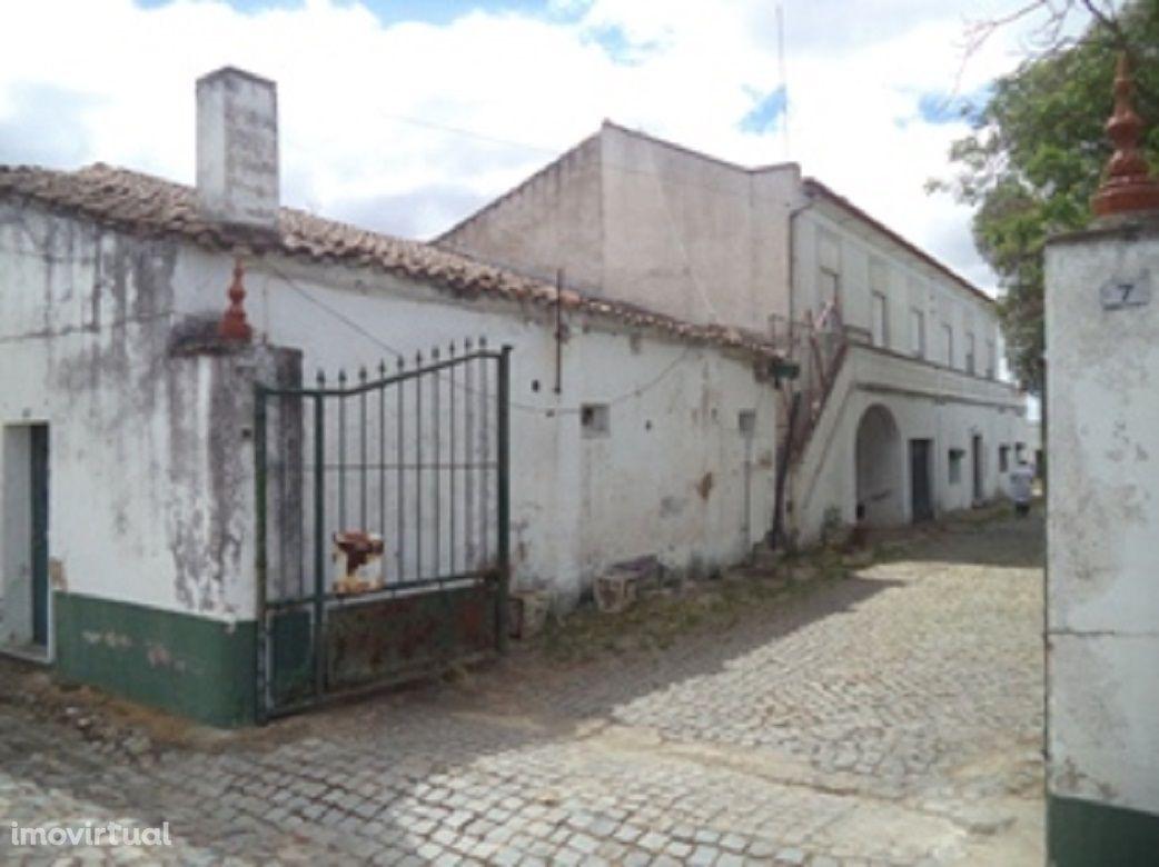 Quinta à venda, perto de Reguengos de Monsaraz