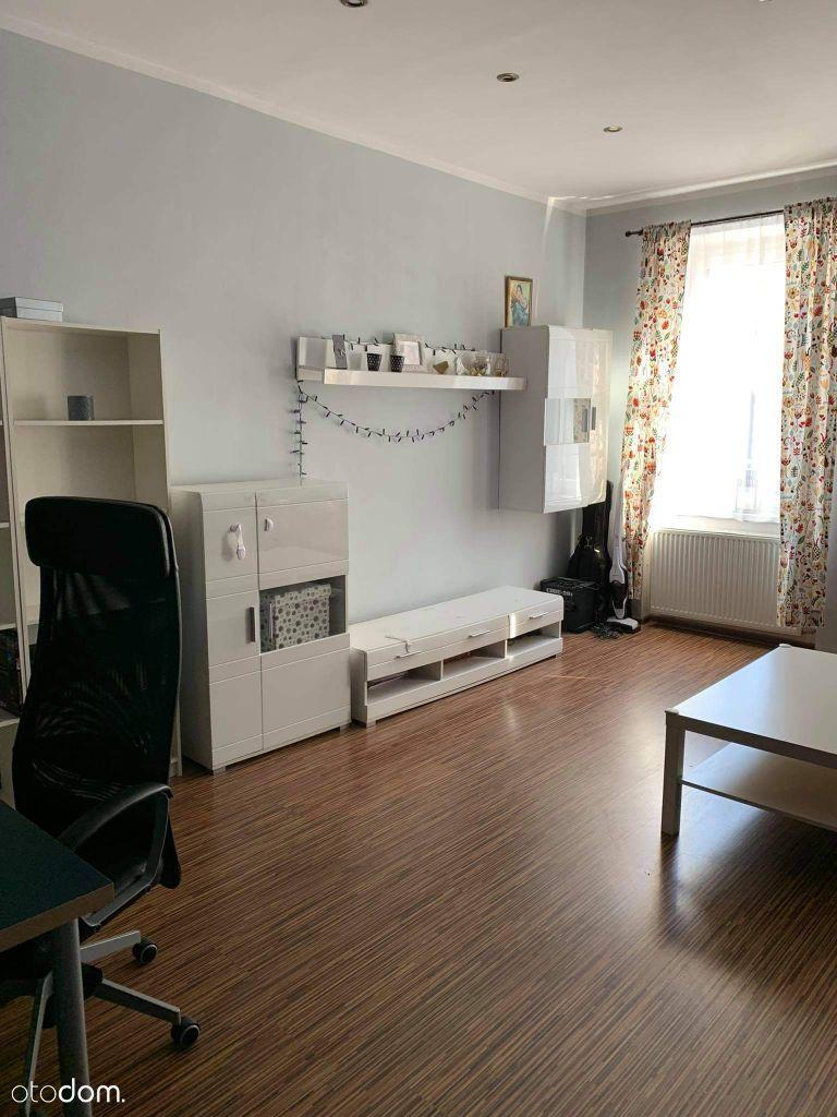Mieszkanie 2pok przy DTŚ/klimatyzacja/monitoring