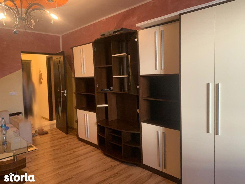 Apartament renovat Micro 17