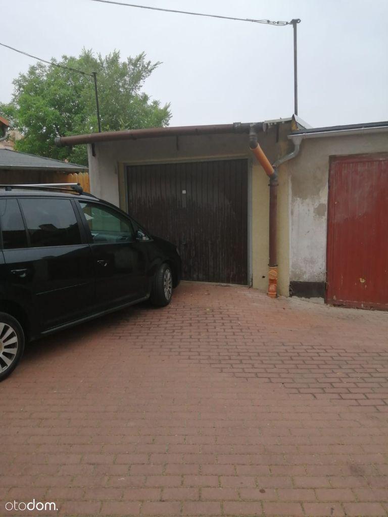 Garaż na sprzedaż