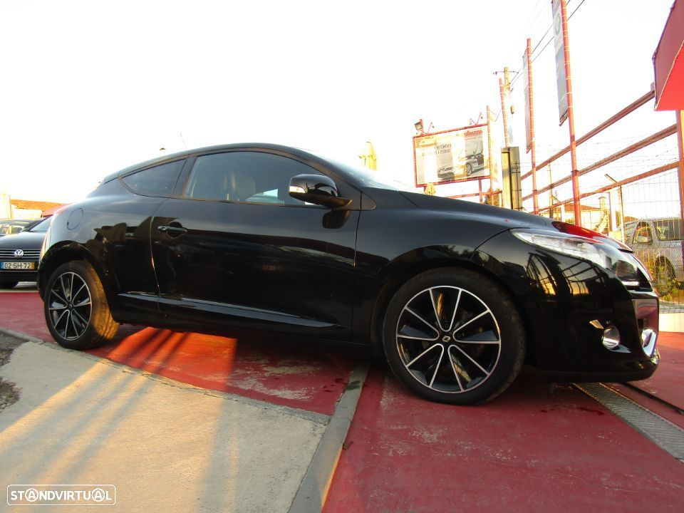 Renault Mégane Coupe 1.5 dCi Bose Edition SS - 17