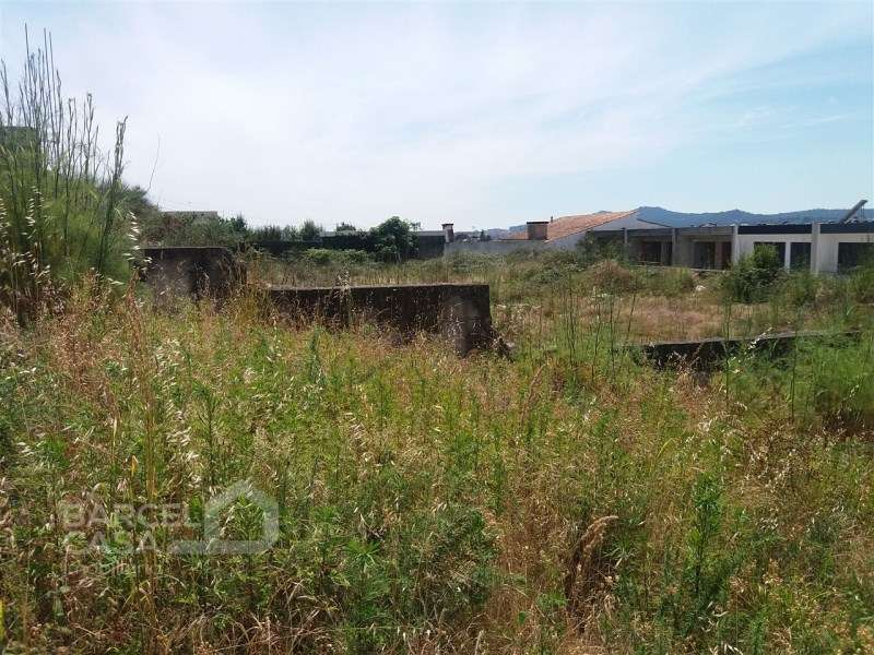 Terreno para comprar, Tamel (Santa Leocádia) e Vilar do Monte, Braga - Foto 5