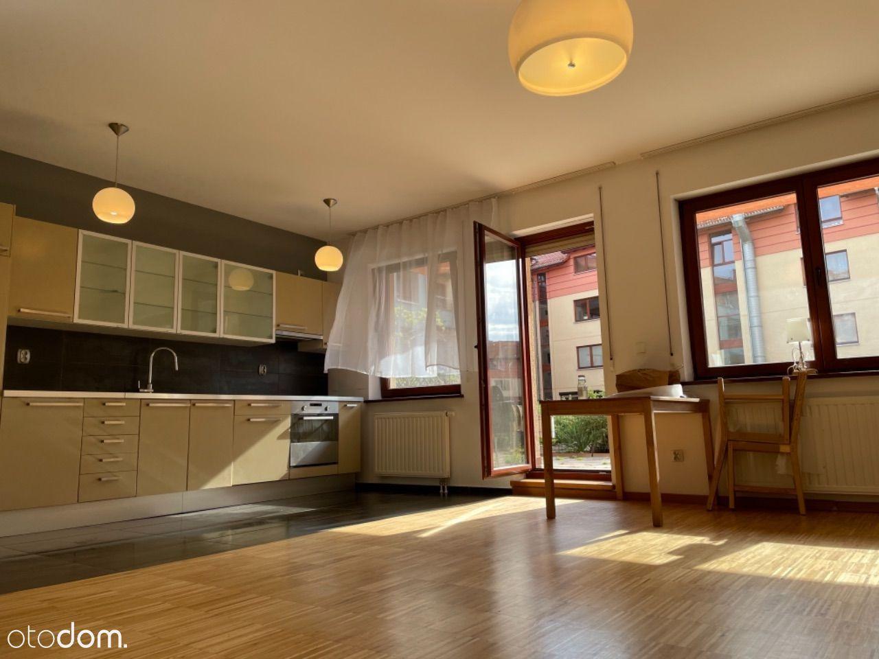 Słoneczne i rozkładowe mieszkanie z 33 m tarasem!