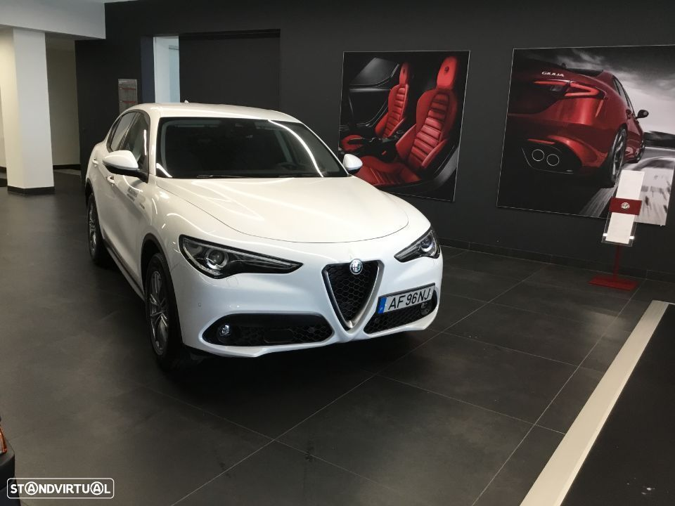 Alfa Romeo Stelvio 2.2 D Super AT8 - 6