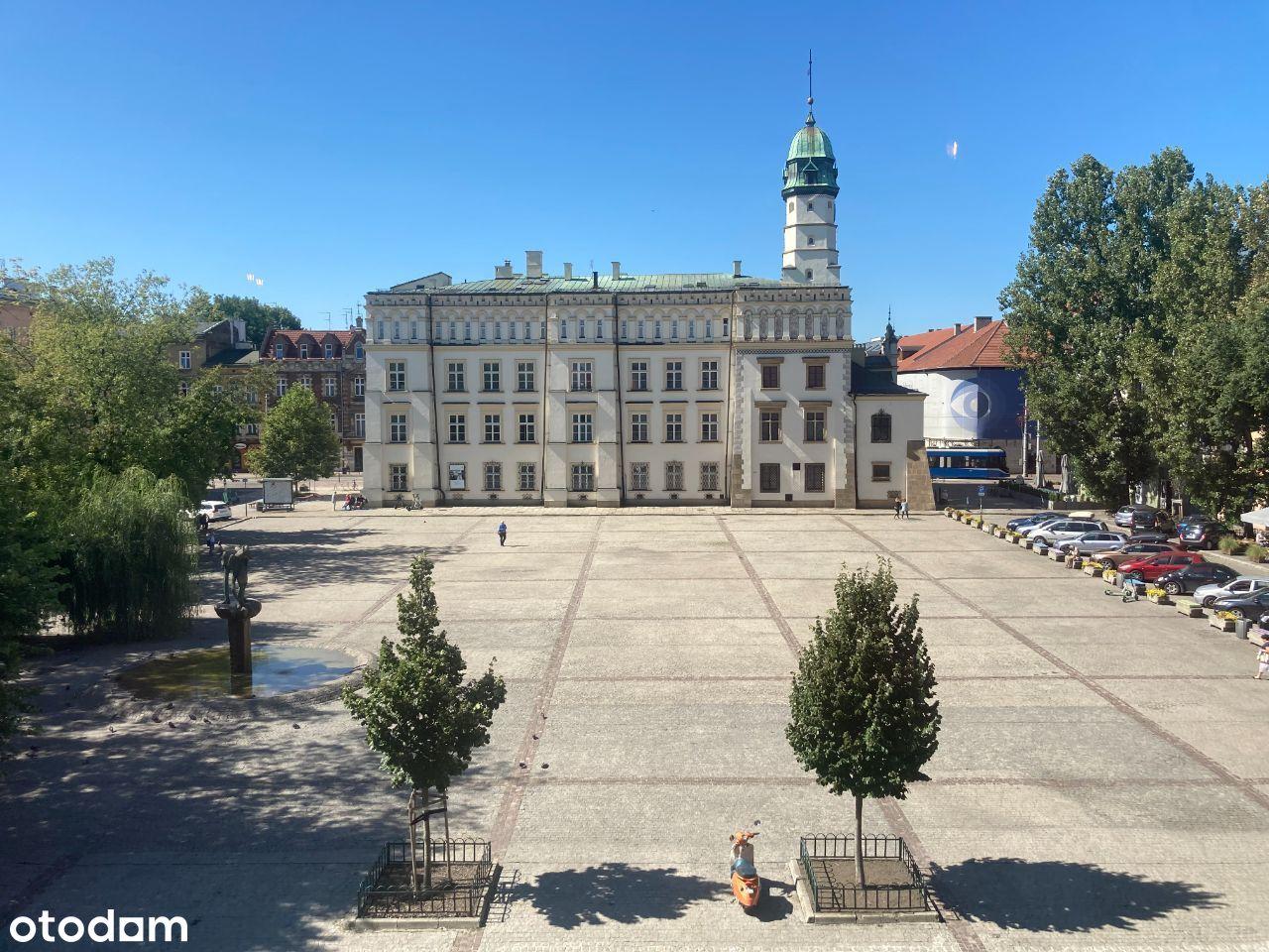 pl. Wolnica Kazimierz piękny widok na plac