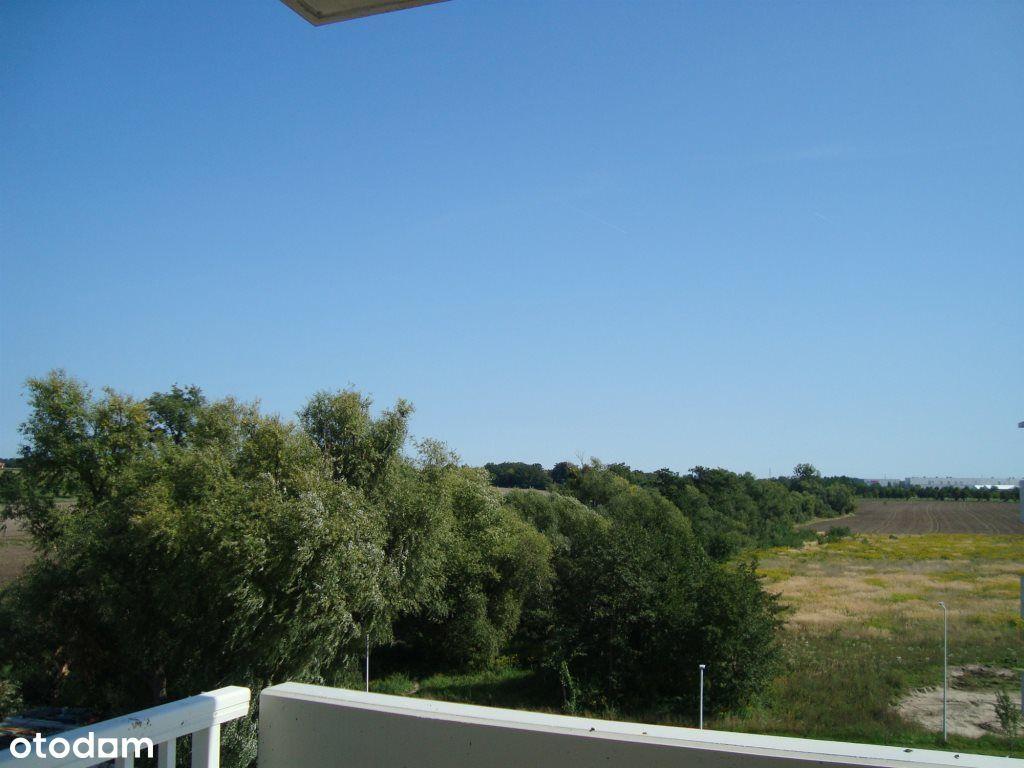 Duże przeszklenia/rolety/balkon/komórka/winda
