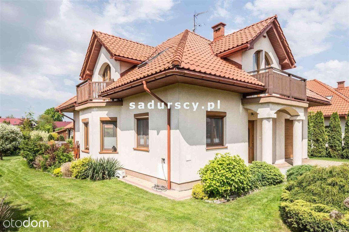 Elegancki dom w Śledziejowicach