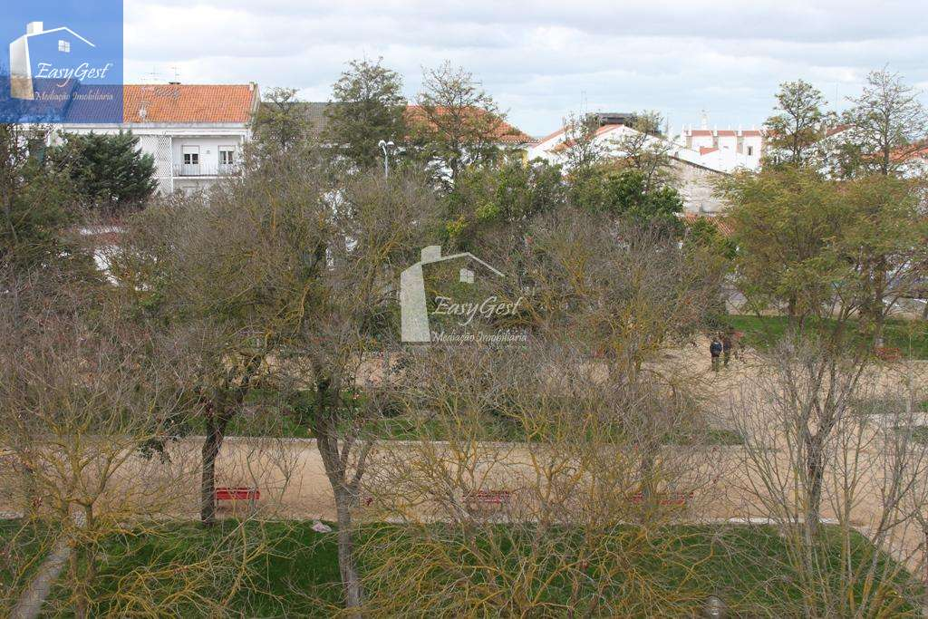 Apartamento para comprar, Moura (Santo Agostinho e São João Baptista) e Santo Amador, Moura, Beja - Foto 3