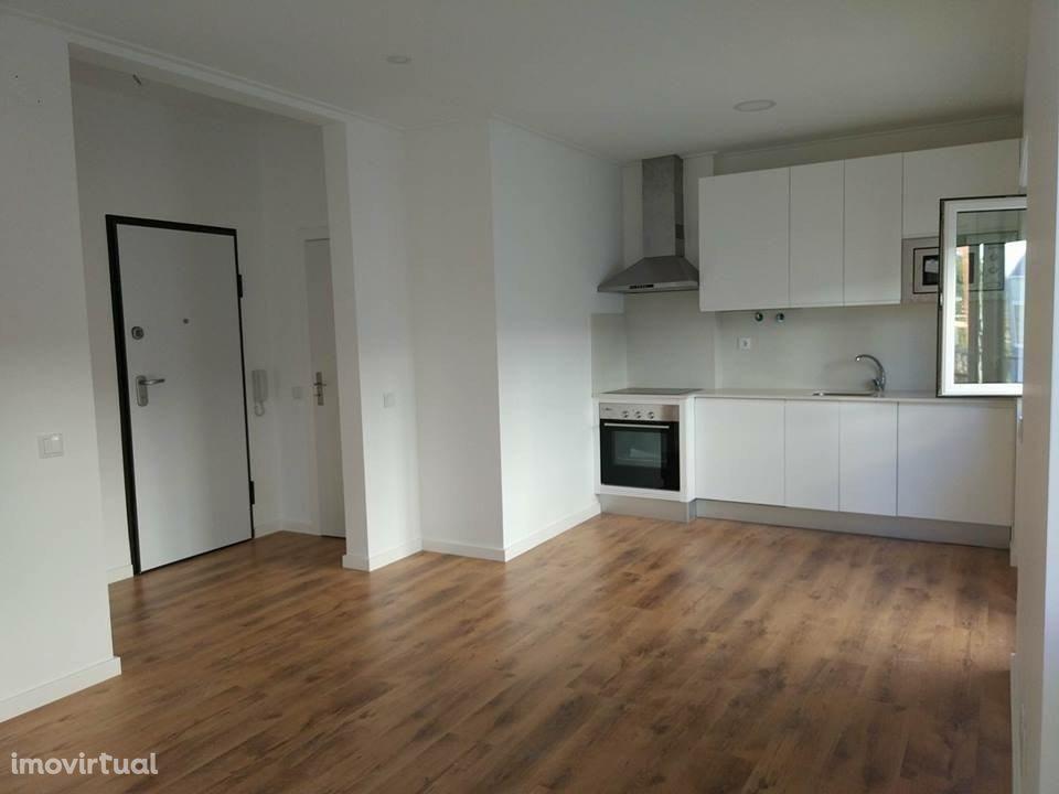 Apartamento T2 Remodelado Barreiro - Alto do Seixalinho - 1º Piso