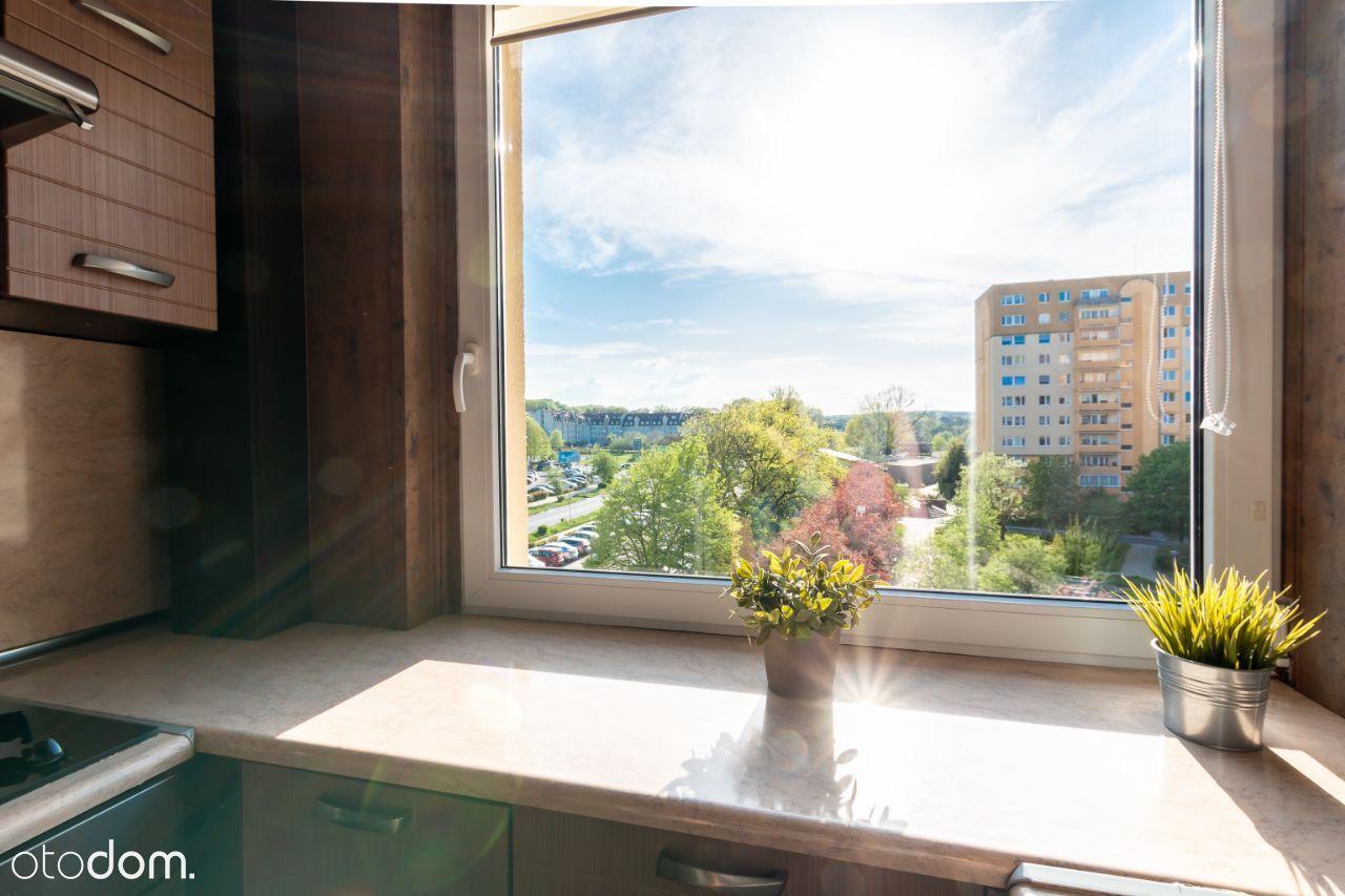 Słoneczne mieszkanie na os. Bukowym 49,4 m2 2 pok.