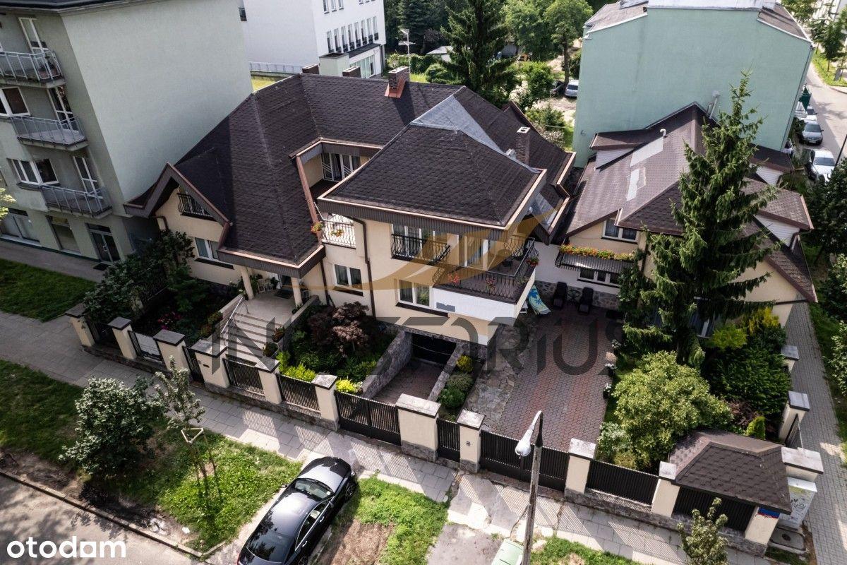 Budynek/800m2/Taras/Balkony/Ogród/Garaż/Od zaraz