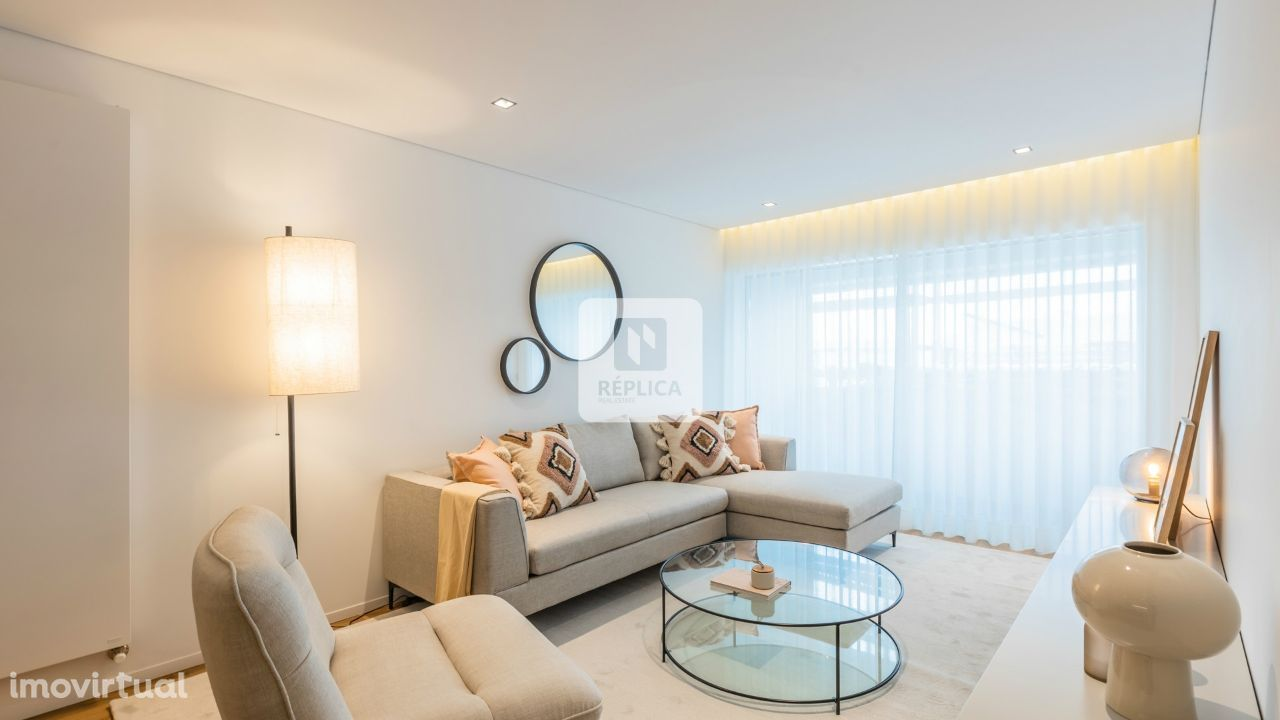 Apartamento T2 Novo no Antas Build - Exclusivo Réplica