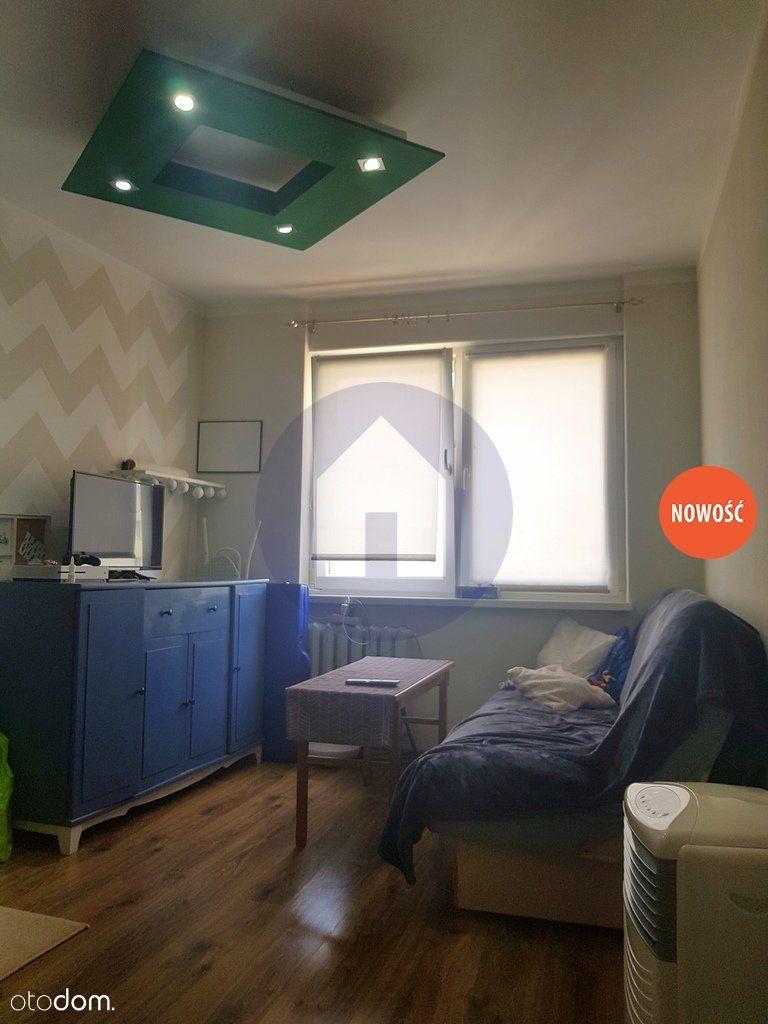 Nowość! 2 pokoje z balkonem i piwnicą!