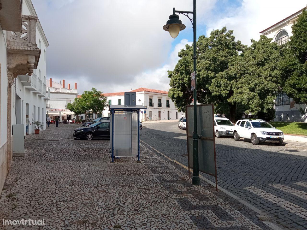 Garagen e estacionamento em Moura, São João Baptista