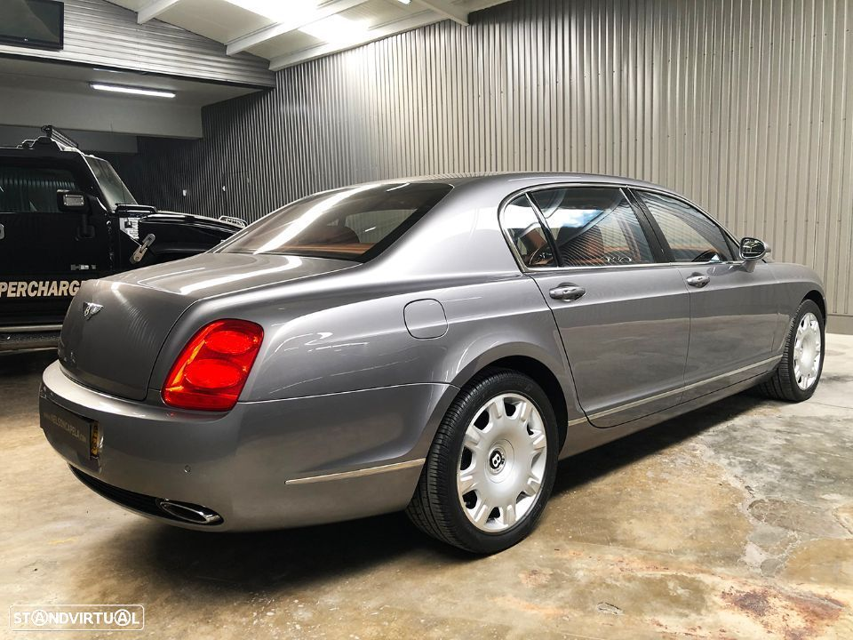 Bentley Continental Flying Spur 5 Lugares 6.0L W12 - 10