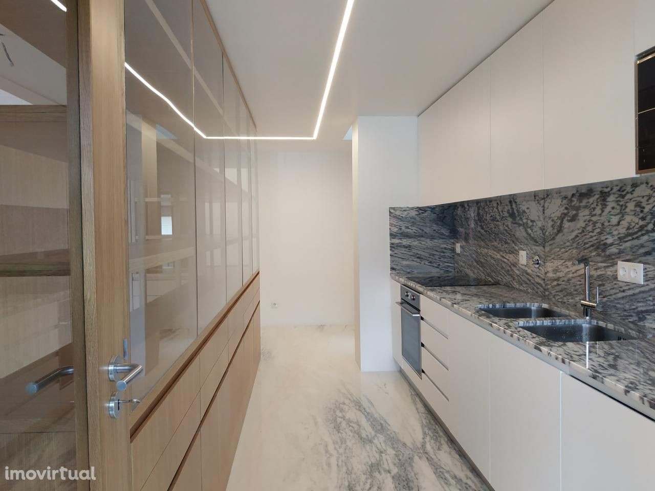 Apartamento T4 duplex em Celas