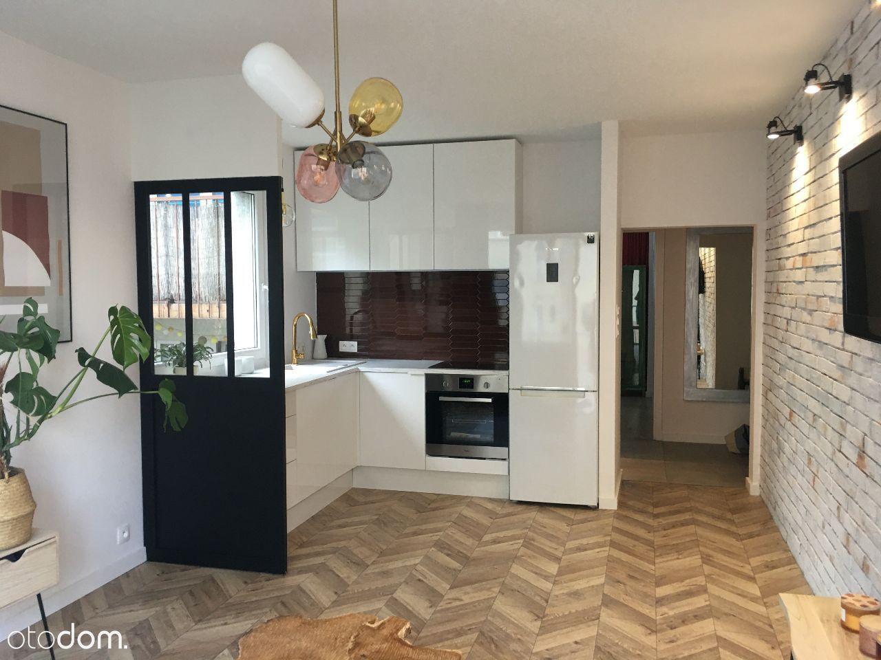 Mieszkanie 3 pokoje 49 m2 Gdynia Karwiny