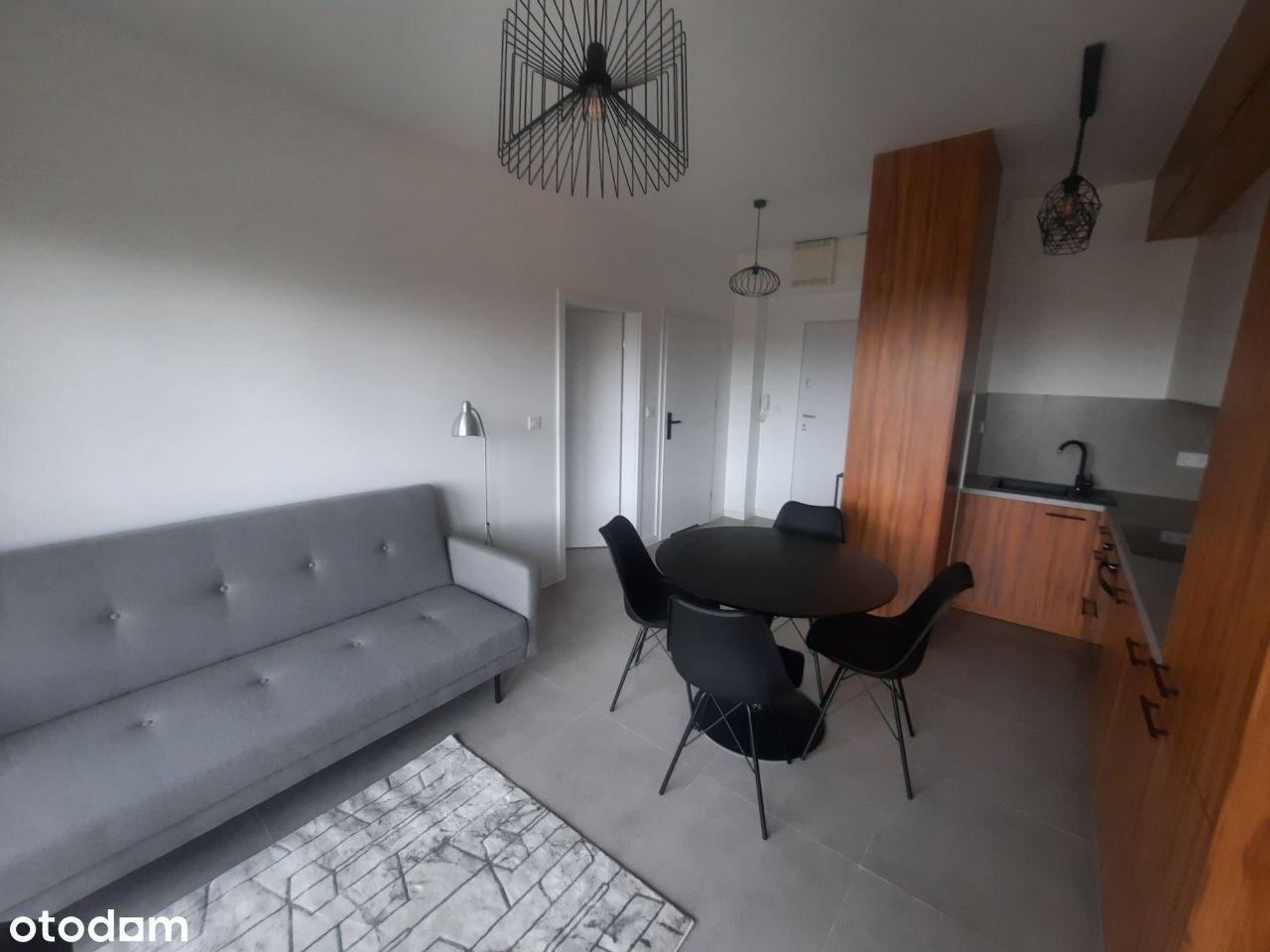 Apartament 2 pok. + m-ce postojowe, ul. Wojskowa