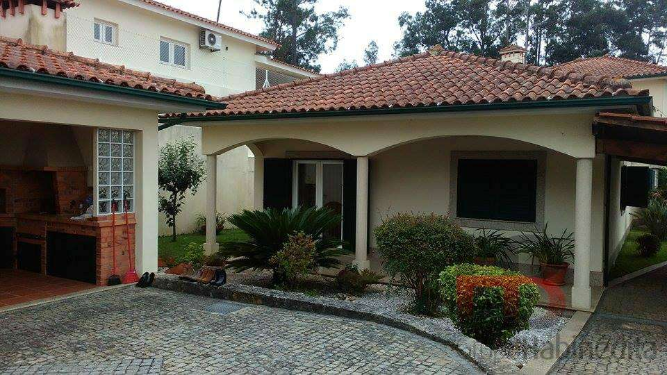 Moradia para comprar, Oliveira de Azeméis, Santiago de Riba-Ul, Ul, Macinhata da Seixa e Madail, Aveiro - Foto 1