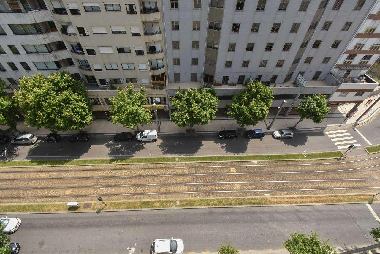 Apartamento para comprar, Mafamude e Vilar do Paraíso, Porto - Foto 38