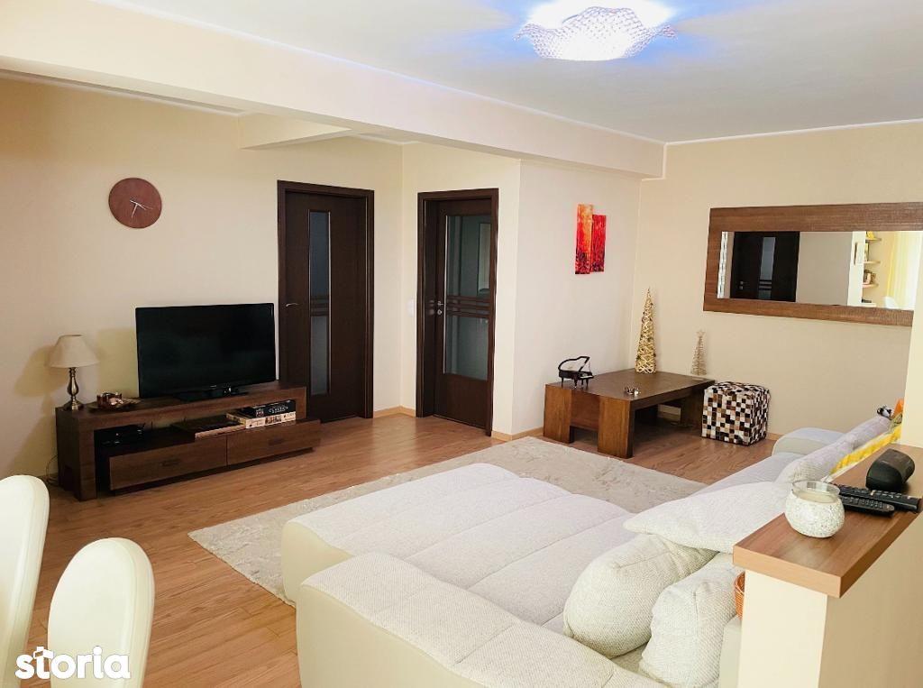 Apartament cu 3 camere de inchiriat in cartierul Luceafarul!
