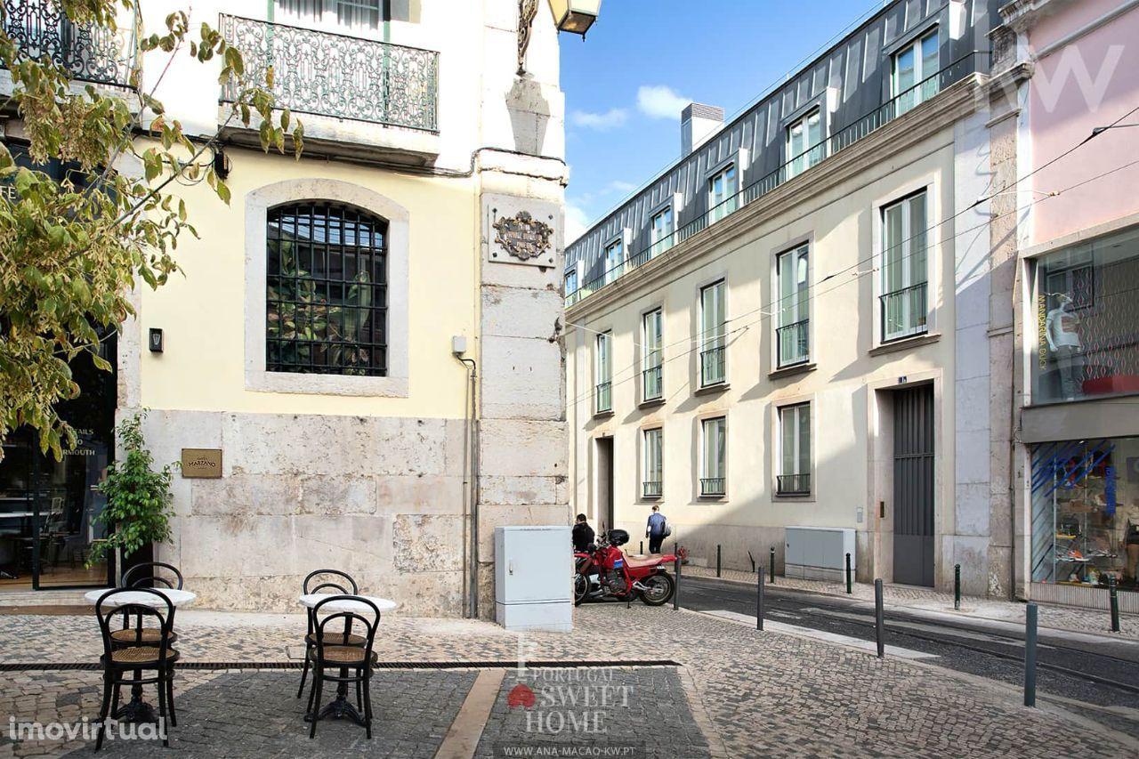 Lisboa, Chiado - Apartamento T2, totalmente renovado