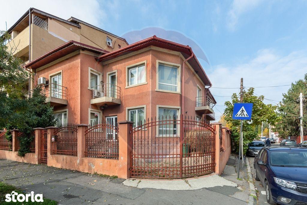 Imobil mixt spatiu comercial /birou/rezidenta 250 mp stradal Damaroaia