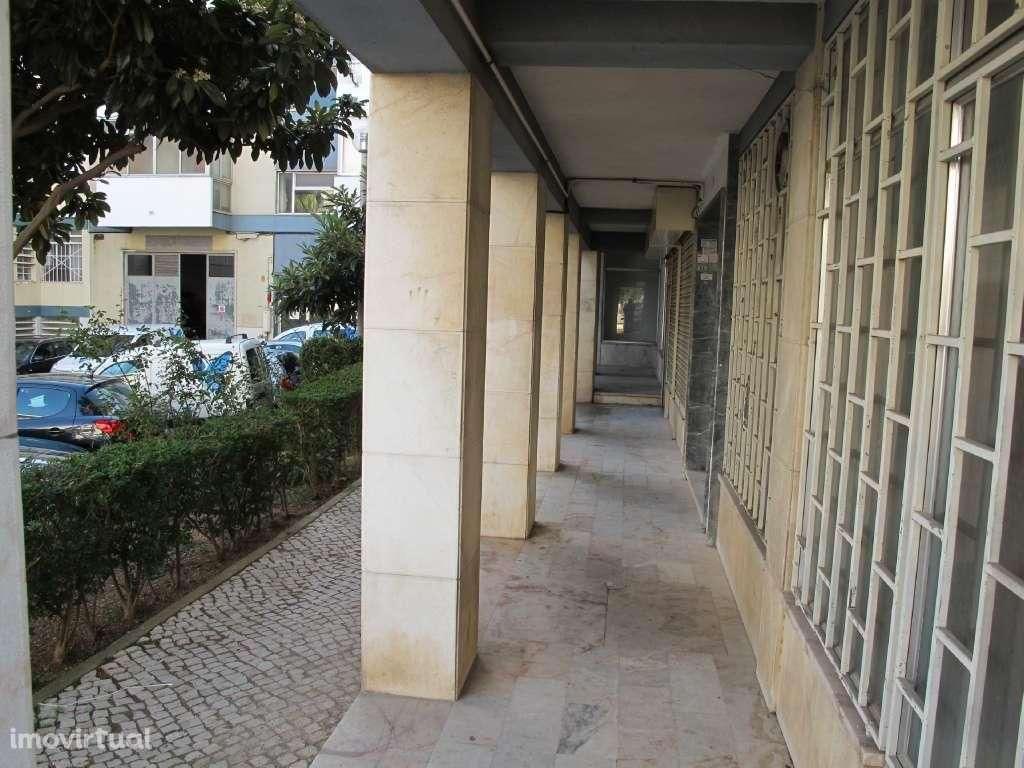Loja para comprar, Póvoa de Santo Adrião e Olival Basto, Lisboa - Foto 3