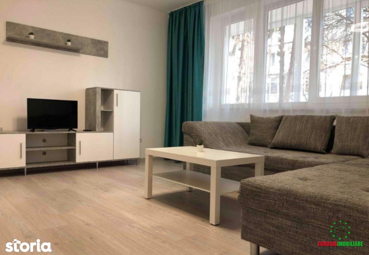 Apartament cu 3 camere de închiriat zona Nicolae Iorga