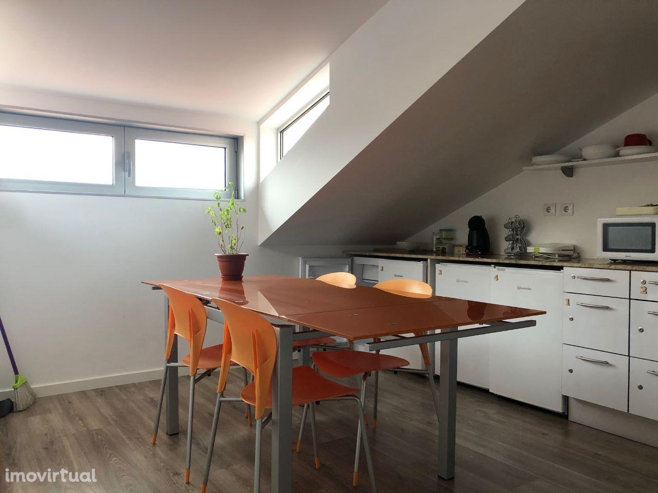 Apartamento T4, remodelado, rentabilidade imediata
