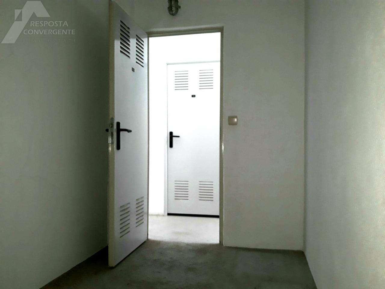 Apartamento para comprar, Carnaxide e Queijas, Lisboa - Foto 11