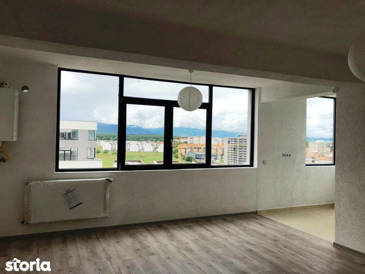 Proprietar vand apartament 3 camere finisat cu toate contoarele