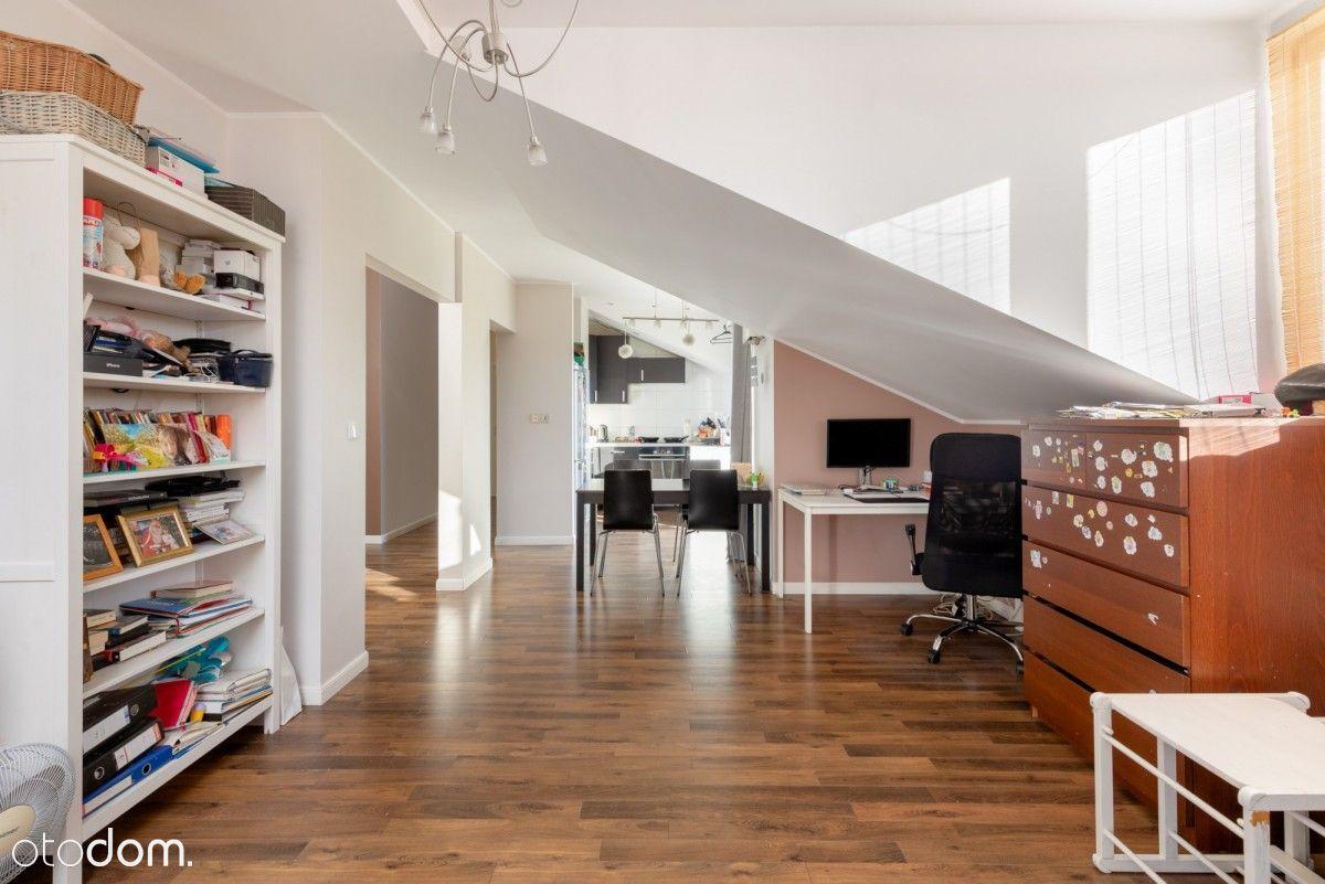 Przestronne mieszkanie z 3-ma balkonami