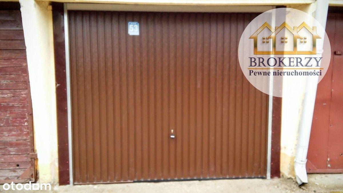 Garaż w zabudowie szeregowej - Wspólny Dom