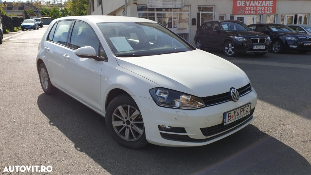 Volkswagen Golf 1.6 - 9