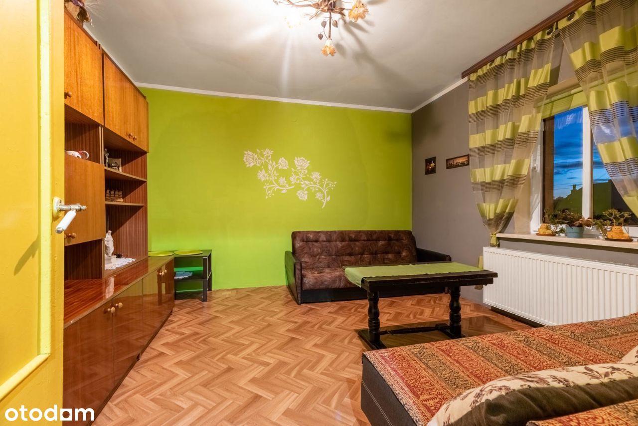 Dwa pokoje w kamienicy - ogródek gratis.
