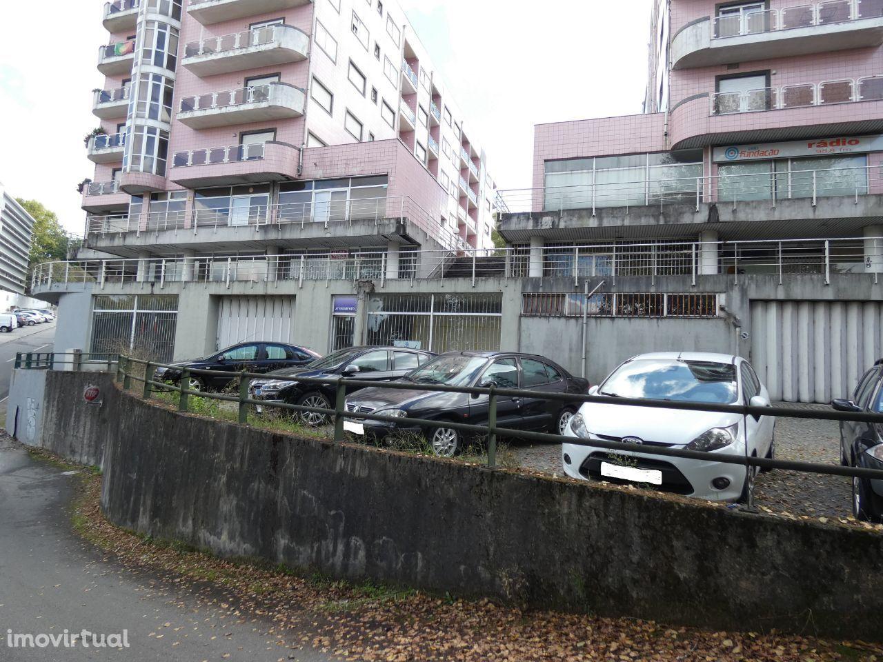 Armazém - Fermentões - Guimarães