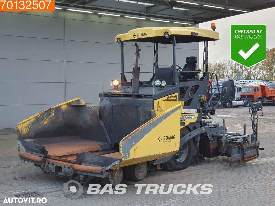 Bomag BF300P - 1